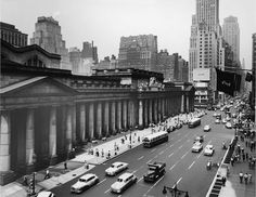 The late great Penn Station 1950 This is Avenue looking north from about Street. Vintage New York, Vintage Photos, New York City, New York Skyline, Times Square, Nyc, Street, Travel, Manhattan