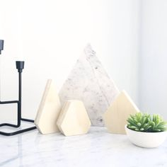 Blonde wood is so versatile and a great way to achieve a minimalist look with our triangle decor set. Comes in either blonde or white. They look great displayed on a shelf or coffee table and are beautifully crafted and so smooth to the touch. Find our website link in our bio to shop now.  #decor #design #interiors #blondewood #wooden #display #ornaments #decorating #styling #scandinavianstyle #scandinaviandesign #scandinavianhome #marble #plants #style #myhome #mystyle #homewares by…