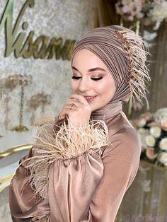 Henna Head Models for Hijabs Wedding Hijab Styles, Hijab Wedding Dresses, Hijab Dress, Hijab Bride, Modest Fashion, Hijab Fashion, Simple Hijab, Make Up Braut, Hijab Chic
