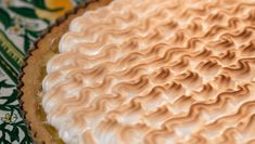 Tarte au citron - Få Brødrene Prices opskrift her Fried Pies, Big Cakes, Food Cakes, Sweet Tarts, High Tea, Vanilla Cake, Chocolate Cake, Cake Recipes, Food And Drink