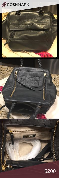 Auth Tory Burch- Black Leather Tory Burch Black leather purse. Authentic. Tory Burch Bags Crossbody Bags