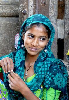 Beautiful Girl In India, Beautiful Women Over 40, Beautiful People, Beauty Full Girl, Disney Beauty And The Beast, Beauty Women, Beauty Beast, Facial For Dry Skin, Sleeping Beauty Fairies