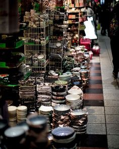 Osaka Sennichimae Dogayasuji is my new idea of prop paradise. The perfect marché des puces for kitchen and dinnerware. More info on this and other amassing Osaka's market on the blog post coming out on Friday. . . . . #nabateaconceptstore #nabateastyle #antique #antique_r_us #thehappynow #pottery #peackcollective #seekinspirecreate #exploretocreate #creativelife #peoplescreatives #theartofslowliving #slowliving #alwaysdiscovering #tv_living #tv_art #creativehappylife #searchwandercollect…