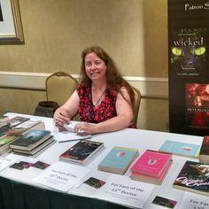 Author Debbie Viguie at #timegate2016 #TimeGate