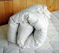 Organic Mattress : Natural Wool Cradle Bassinet Mattress - no plastic Organic Baby, Organic Cotton, Natural Bedding, One Bed, Baby Bassinet, Baby Necessities, No Plastic, Crib Mattress, Material Design