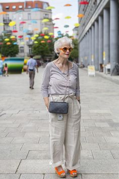 2020 - Page 2 of 2 - Advanced Style Ari Seth Cohen, Nyc March, Advanced Style, Senior Prom, Soft Summer, Love Her Style, Old Women, Spring Fashion, Normcore
