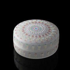Happy Fun, Packaging Design, Glass Art, Arts And Crafts, Enamel, Design Inspiration, Kawaii, Vase, Fine Art