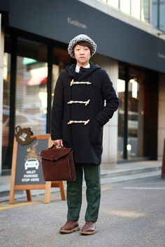 Korean street fashion with duffle coat styling #OOTD