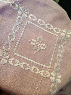 Hardanger Embroidery, Cross Stitch Embroidery, Hand Embroidery, Cross Stitch Patterns, Embroidery Designs, Bargello, Needlepoint Stitches, Needlework, Diy Arts And Crafts