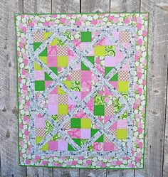 Create a quilt that's fit for a first lady with this fat quarter quilt that works as a throw, lap quilt, or baby quilt. This First Lady 4 Patch Slice Quilt uses a simple slicing technique to create your quilt blocks. Lap Quilts, Strip Quilts, Patch Quilt, Quilt Blocks, Quilt Baby, Scrappy Quilts, Small Quilts, Quilting Tips, Quilting Projects