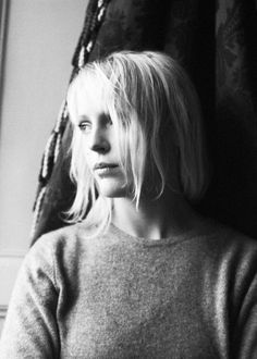amarling:  Laura Marling photographed by Max Knight