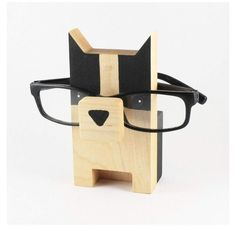 Diy Wood Projects, Wood Crafts, Woodworking Projects, Woodworking Quotes, Diy Crafts, Eyeglass Holder Stand, Dog With Glasses, Glass Holders, Diy Décoration