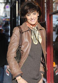 Ines de la Fressange: 7 Basics für die Frau ~ Follow my board (La Parisienne @ Lyne Labrèche) for more inspiration!