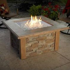 Add to the beauty of your outdoor kitchen and your outdoor living space with this Sierra Fire pit Table by Outdoor Great Room Company.