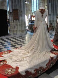 Costume for Kate Winslet in Finding Neverland. Costume design: Alexandra Byrne