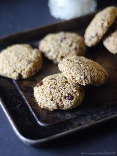 Oatmeal Raisin Cookies (Gluten-Free, Vegan) #veganrecipes #cookies
