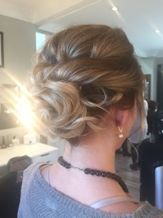 Updo by Elysia
