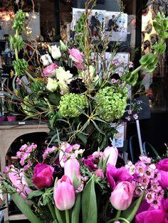 bouquet champêtre  lisianthus#viburnum#scabiosa#rose branchue#molucelle