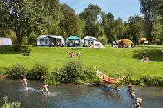 Kamperen bij Camping De Chenefleur van Bestcamp in de Ardennen, België. #kamperen #camping