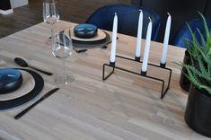 Matchende spisebord i heltre ask brunkjerne med hvit OSMO hardvoksolje | Corinor Decor, Taper Candle, Table, Furniture, Home Decor