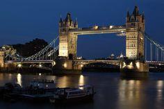 Cosa vedere a Londra: offerta Londra 2x1. Le offerte sono promosse dalla National Rail e danno la possibilità di poter entrare in alcuni musei/attrazioni/ristoranti/teatri in due persone e pagare un solo ingresso.Come richiederla, quali attrazioni aderiscono all'iniziativa.