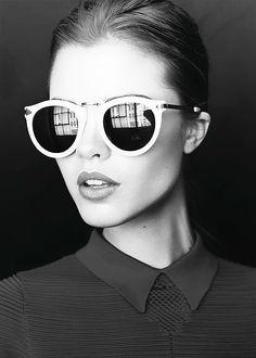 #zienrs Fashion Accessories Glasses | Rosamaria | ! Visita https://juliarodnaldini.blogspot.com.ar/ Encontraras Tips de Moda y Belleza The original Ray Ban aviator in Black