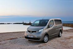 Nissan Evalia » : Nissan Odyssey