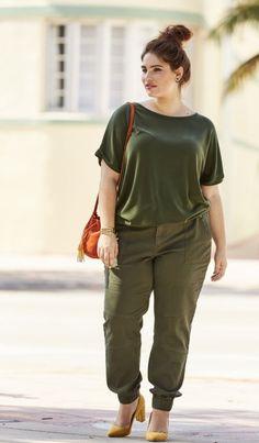 2e5ce9d2b71 T shirt loose kaki et pantalon kaki Castaluna mode femme grande taille
