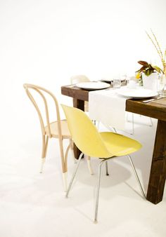 eames hairpin chairs
