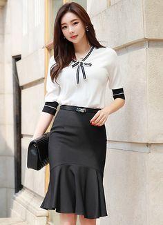 Korean Fashion – How to Dress up Korean Style – Designer Fashion Tips Korean Fashion Casual, Korean Fashion Trends, Korean Street Fashion, Trend Fashion, Fashion Looks, Fashion Design, Fashion Tips, Street Style Trends, Black Women Fashion