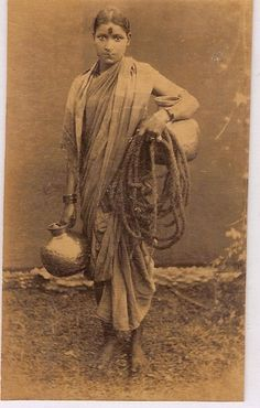 This photograph is from Londonderry must have met similar women when she p. - This photograph is from Londonderry must have met similar women when she passed through South - Vintage Photographs, Vintage Photos, Victorian Photos, Colonial India, Canadian Culture, History Of India, Indian Pictures, Vintage India, Om Namah Shivaya