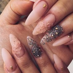 Almond shaped nails and nude polish make for a timeless, versatile design that can be worn to any occasion. See the mixed media nail art here. Rose Nail Art, Rose Nails, 3d Nail Art, Pink Nails, Art 3d, Pedicure Nail Designs, 3d Nail Designs, Acrylic Nail Designs, Pedicure Nails