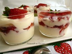 Prepare a fruity dessert with this very berry spring trifle recipe Fruit Recipes, Candy Recipes, Desert Recipes, Sweet Recipes, Strawberry Desserts, Mini Desserts, Trifle Recipe, Bread Machine Recipes, Mousse Cake
