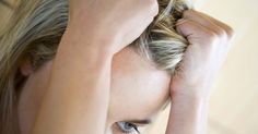 Como usar gotas de iodo para a queda capilar. O iodo é um elemento vestigial que é necessário para o crescimento e o desenvolvimento do corpo. Ele ajuda a promover o funcionamento saudável da glândula tireoide, que controla a taxa metabólica do corpo, os níveis de energia e do crescimento e saúde do cabelo, unhas e da pele. Se você tem uma deficiência de iodo, um dos sintomas que pode ...