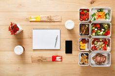 Pour parvenir à prendre du poids, il faut augmenter l'apport énergétique, tout en conservant des menus équilibrés. Voici des exemples de menus adaptés pour prendre du poids.