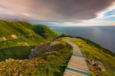 The Skyline Trail of Cape Breton, Nova Scotia is the most scenic hike on Canada's most epic driving route, The Cabot Trail. Cabot Trail, Backpacking Trails, Hiking, Canada Travel, Travel Usa, Canada Trip, Travel 2017, The Places Youll Go, Places To Go