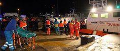 Alptraum in der Adria! So dramatisch läuft die Rettung von der Unglücks-Fähre www.focus.de/panorama/videos/alptraum-in-der-adria-so-dramatisch-laeuft-die-rettung-auf-der-ungluecks-faehre_id_4371276.html