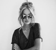 messy up-do, classic vintage v-neck, and metallic aviators, still one of my fave quick looks