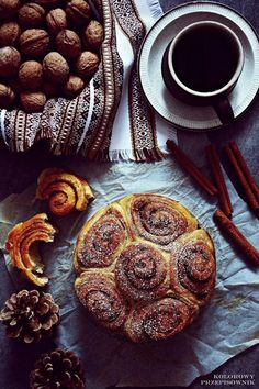 Cynamonki, najlepszy przepis, cinnamon rolls Soft Classic, Cinnamon Rolls, Oven, Good Food, Brunch, Food And Drink, Cooking Recipes, Sweets, Baking