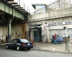 Baychester Avenue Subway Station, Bronx, New York City Bronx House, New York Minute, New York People, New York Times, Photographie New York, City Aesthetic, Aesthetic Girl, New York City Photos, City Boy