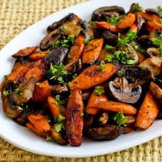 Roasted Carrots and Mushrooms with Thyme   http://www.kalynskitchen.com/2006/03/roasted-carrots-and-mushrooms-with.html