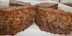 greek food: a recipe for walnut pies, karydopites very easy and fast, and even without using a mixer. Greek Sweets, Greek Desserts, Greek Recipes, Recipe For Walnut Pie, Sweets Recipes, Cooking Recipes, Cypriot Food, Syrup Cake, Walnut Cake