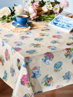 14 best tablecloth images table top covers table clothes tablecloths rh pinterest com