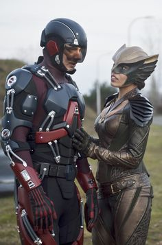 Legends of Tomorrow - 1x10 Ray Palmer / The Atom & Kendra Saunders / Hawkgirl HQ