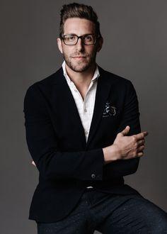 CEO-portrait-corporate-headshot-04.jpg (1000×1400)