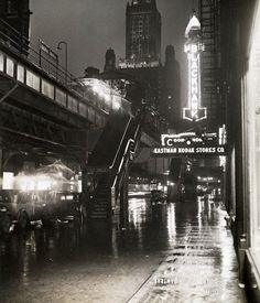 The corner of Wabash and Randolph, c.1930, Chicago.