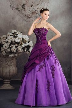Custom Made Taffeta Tulle Bride Ball Gown Beading Strapless Puffy Purple Wedding Dress(China (Mainland))