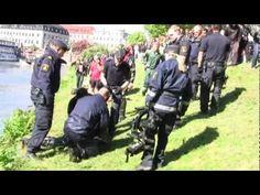 Polisen Griper Två Berusade Afrikansk killar - Göteborg Police Arrest Two Drunken Guys - Gothenburg