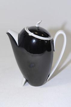 Kaffeeservice art deco – Entw. Prof. Karl für Bavaria, traumhafter Entwurf aus den 30er Jahren, unbeschädigt mit leichten Altersspuren, ( Milchgefäss restauriert ) Höhe der Kanne 16,5 cm