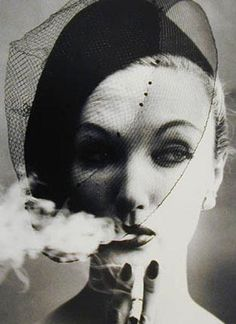 The fabulous, underated but never forgotten model Evelyn Tripp is ultra chic here in my favourite William Klein fashion shot of all time. William Klein - Art & Photography